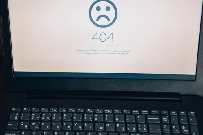 error 404 message on laptop